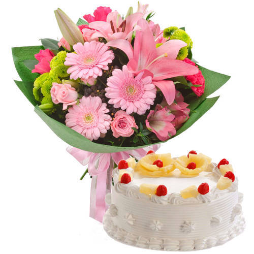 Graceful Mixed Flowers Hand Bunch with Pineapple Cake