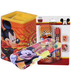 Cool Kids Delight Disney Mickey Stationary Set