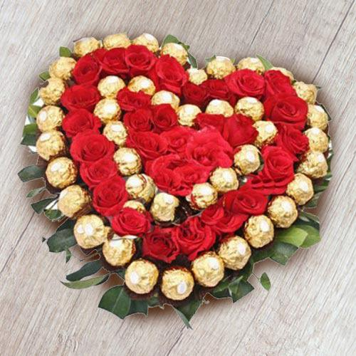 Heart Shaped Ferrero Rocher n Red Roses Arrangement