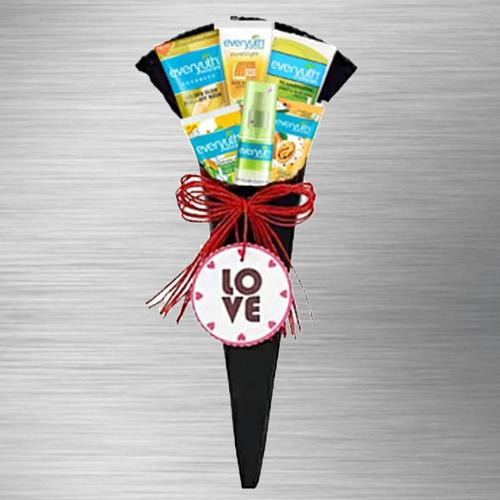 Marvelous Everyuth Face Care Hamper