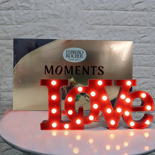 Magnificent V-day Gift of Ferrero Rocher Moments with Love Lamp
