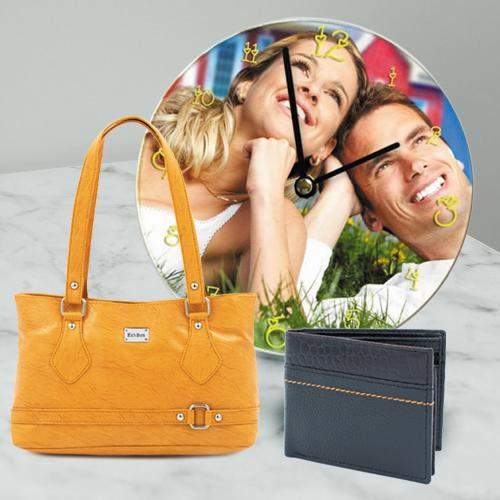 Exquisite Personalized Anniversary Gift Combo for Couples