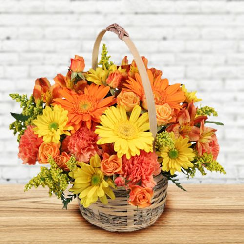 Fashionable Bouquet Garnished with Fresh Seasonal Flowers