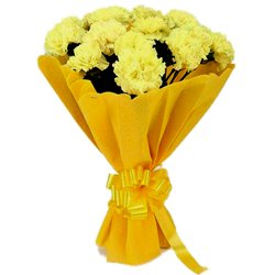 Delightful Bouquet of Yellow Carnations