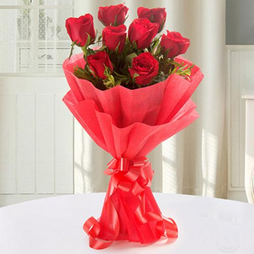 Graceful Bunch of Red Roses with Tissue Wrap